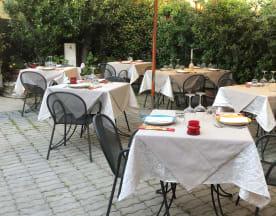 Il Borgo Ferrera, Milano
