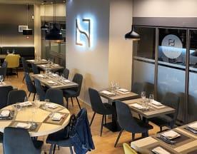 • NAMEZA • Steakhouse Lounge, Estoril