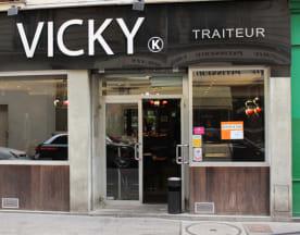 Vicky, Paris