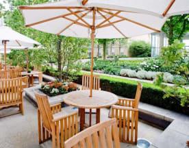 Quadrato Restaurant - Canary Riverside Plaza, London