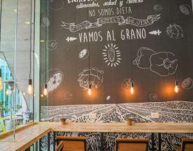Al Grano, Santiago