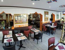 Bollywoodcafe, Pau