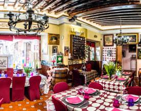 Lo Nuestro Tapería & Restaurante, Toledo