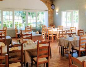 Restaurant Le Grand Chêne et Chambres, Sillans-la-Cascade