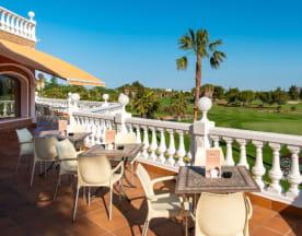 The Golf Club, Oliva