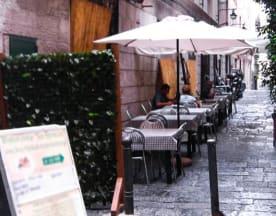 Lo Spacco, Napoli