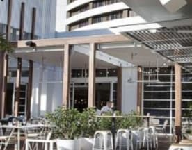 Garden Kitchen & B, Broadbeach (QLD)
