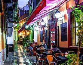 Peko Peko Tapas, Sevilla