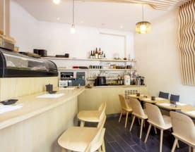 Le Bar à Sushi Izumi, Paris