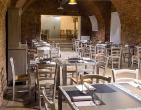 450 Food & Drink, Moncalieri