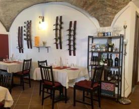 The Cave Wine Bar, Desenzano del Garda