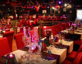 Le Circus - Diner Spectacle, Limay