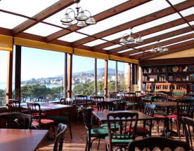Barrel Oak Irish Pub, Montreux