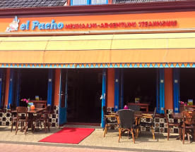 El Pacho, Heerenveen