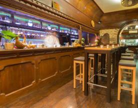 Mumbai Café, Lyon