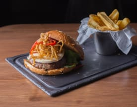 Steakburger Luchana, Madrid
