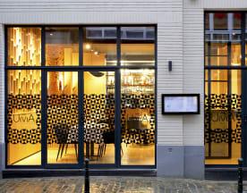 Uma, Bruxelles