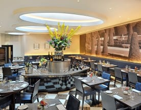 Crescent Restaurant & Lounge, London