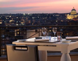 The Flair - Rooftop Restaurant, Roma