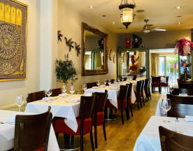Asiatique Thai Restaurant - Richmond, Twickenham