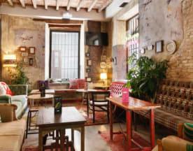 Lemon Rock Bar, Granada