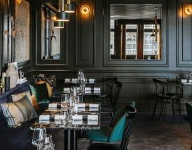 La table cachée par Michel Roth - BHV Marais, Paris
