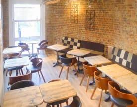 ZigZ Waterloo Café, Waterloo