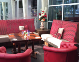 Grand café de Halve Maan, Rijswijk