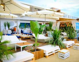 Beach Bar by Btakora, Arenys De Mar