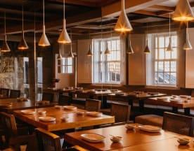 Kanji Restaurant Garden & Bar, Guimarães