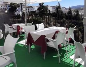 Casa Santa Pola, Ronda
