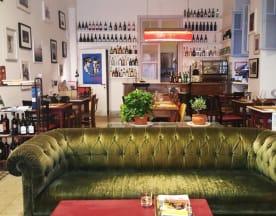 Bukowski's Bar, Roma