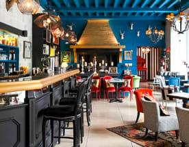 Les Biches Côté Bar, Barbizon