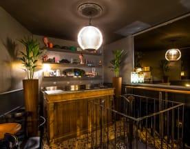 Sparks wine bar, Paris