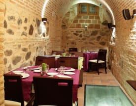 La Cave, Toledo