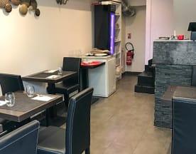 Thali Bar, Orsay