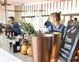 Azure Bar & Grill, Byron Bay (NSW)