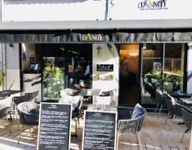Dandy Club, Cannes