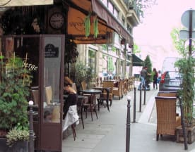 L'Auberge Café, Paris