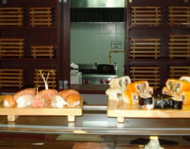 Sushi Sésamo (Marcoleta), Santiago