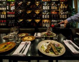 Greek Taverna Giamas, Stockholm