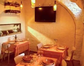 Taverna dello Sciamano, Ossegna