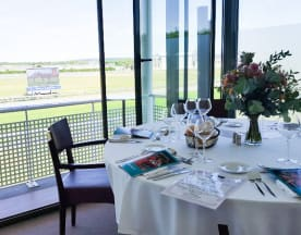 Restaurant Panoramique de l'Hippodrome de Chantilly, Chantilly