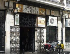 Bodega Cigaleña, Santander