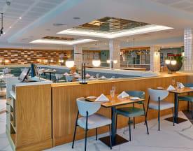 Glaze Restaurant at Crowne Plaza Marlow, Marlow