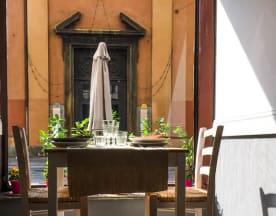 Fiori e caffè, Torino