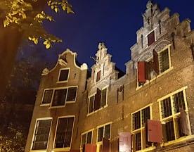 De Silveren Spiegel, Amsterdam