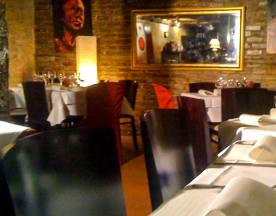Chez Papa Jazz Club, Paris