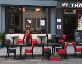 Thai Kok, Paris