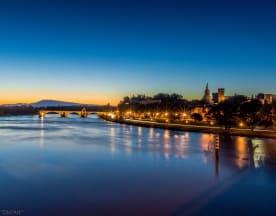 Le Pavillon Bleu, Avignon